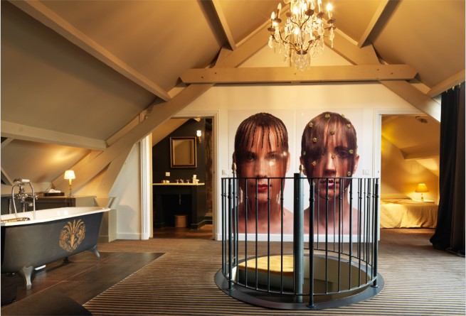 'Curtain of Hair' Bedroom