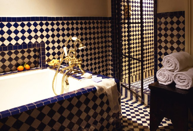 Deluxe Greenwich bathroom