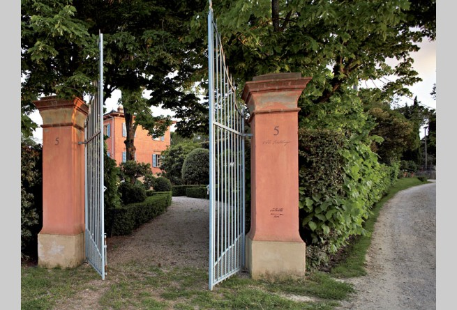 Old gates to the Villa