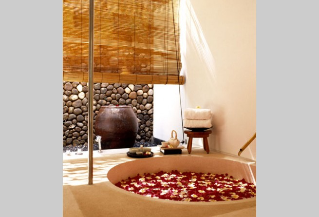 Como Shambhala spa treatment room