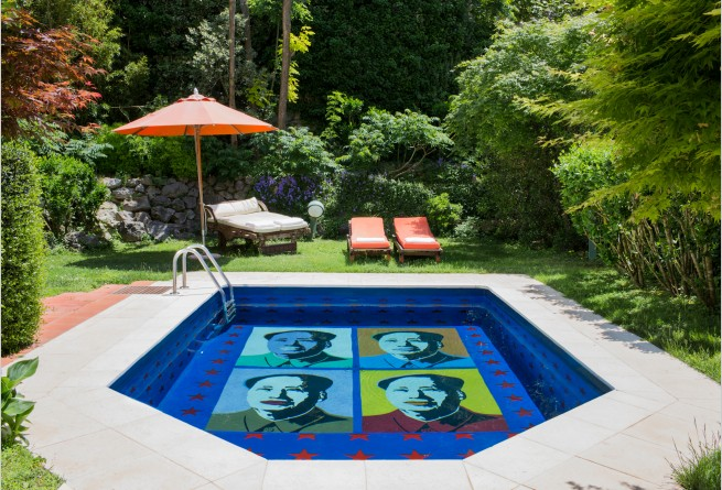 Suite Andy Warhol pool