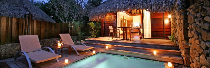688-hiResolution-moorea_pearl_resort_pool_bungalow
