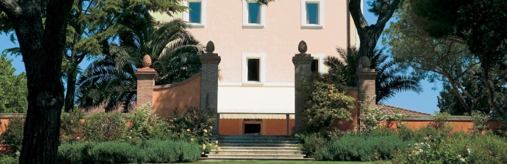 La-Villa_1-exterior