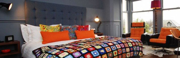 0000040776_header-funky-bedroom