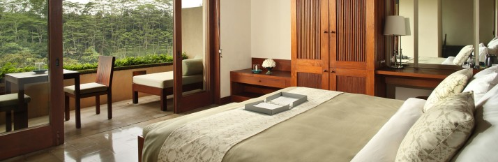 alilaubud-rooms-superiorroom-bedroom