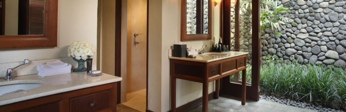 alilaubud-villas-valleyvilla-bathroom