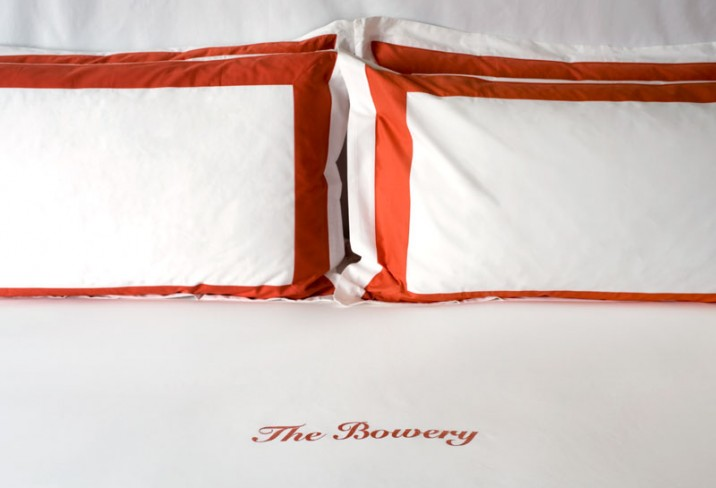 Mr &amp; Mrs Smith - The Bowery bed