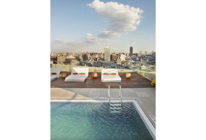 Mr & Mrs Smith - Rooftop pool