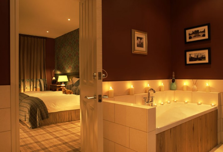 Mr & Mrs Smith - Spa suite bathroom