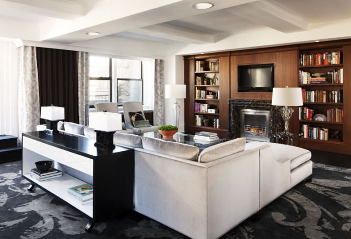 Mr &amp; Mrs Smith - Presidential Suite living room