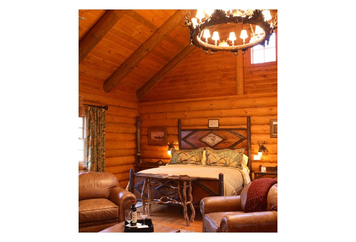 Mr & Mrs Smith - Log Cabin bedroom