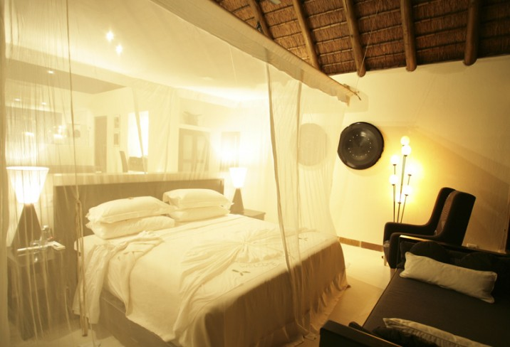 Mr & Mrs Smith - Bedroom
