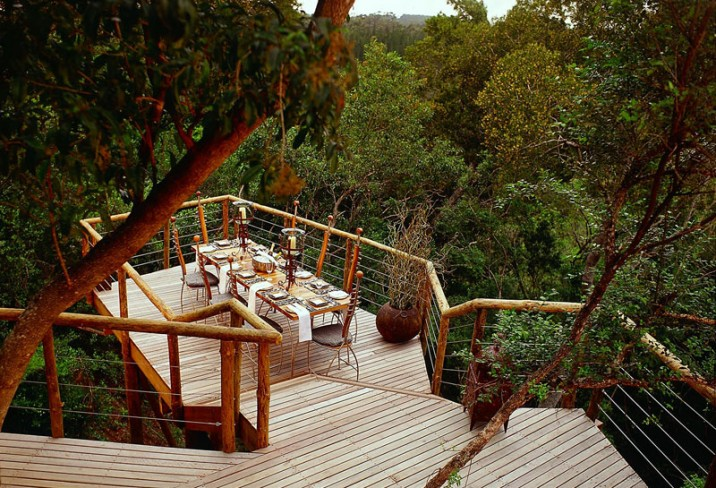 Mr & Mrs Smith - Dining in the forest canopy