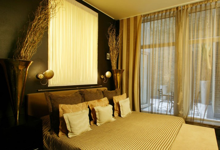 Mr &amp; Mrs Smith - Deluxe Room