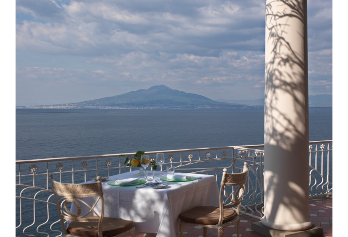 Mr & Mrs Smith - Terrace La Pergola (Restaurant)