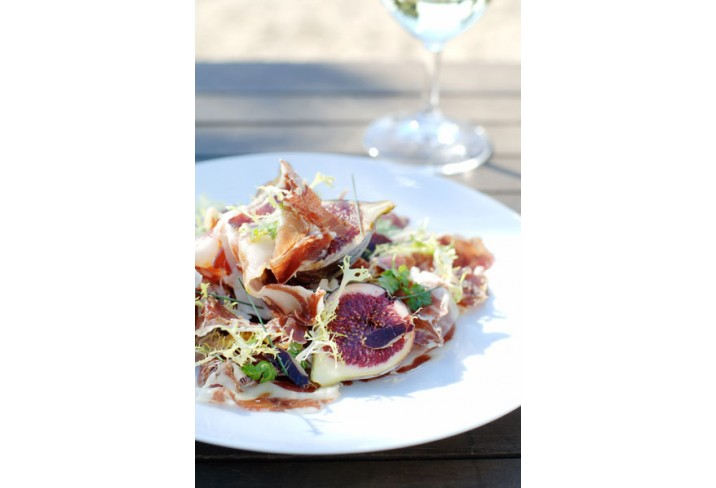Mr &amp; Mrs Smith - Jamon and fig salad