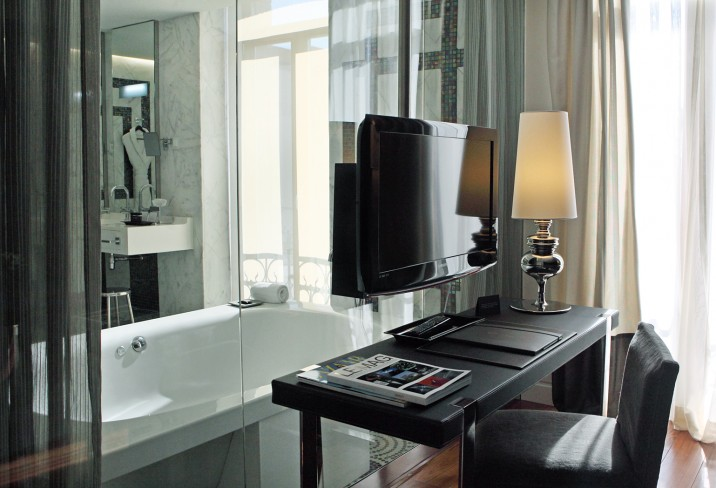 Mr & Mrs Smith - Grand Suite Bathroom