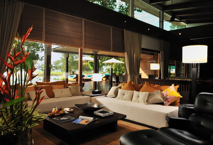 Mr &amp; Mrs Smith - Grand Ocean Villa living area