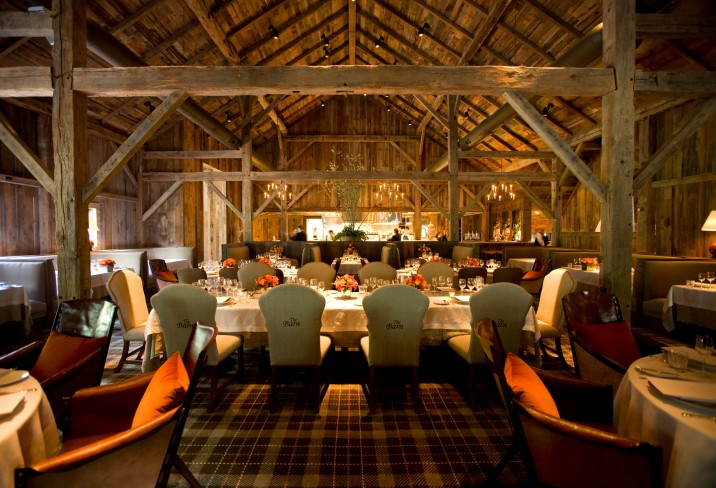Mr & Mrs Smith - Dining in The Barn
